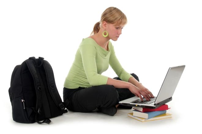 Tu-van-laptop-cu-gia-re-cho-hoc-sinh-sinh-vien-3.jpg